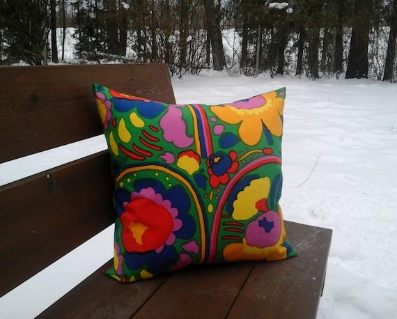 Modern pillow cover made from Marimekko fabric Pieni