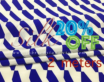 Blue white silk crepe Geometric fabric
