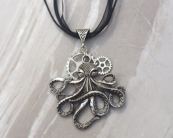 Octopus Steampunk Necklace, silver octopus, steampunk jewelry, metal gears, metal cogs, large silver octopus