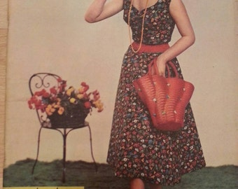 L Echo of fashion magazine issue 17-28 April 1957.