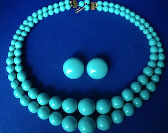 1950s Turquoise Plastic Necklace and Clip Earrings Set