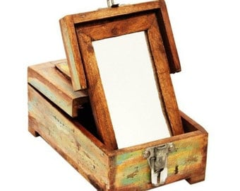 Beautiful Antique Wooden Makeup Box