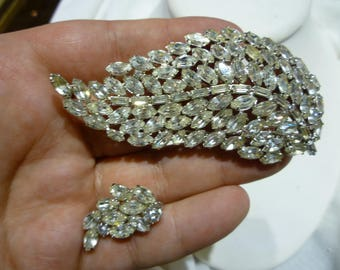 F55 Vintage Silver Tone and Clear Rhinestones Leaf Brooch with Matching Clip-on Earrings.