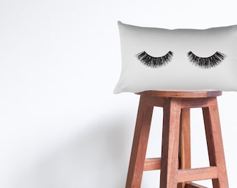 Beauty Sleep Eyelash Illustration 20 X 12 Rectangle Couch Bed Throw Pillow