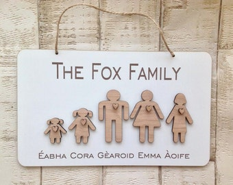 Little people family plaque stick figure