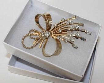 Vintage Sarah Covington Brooch Pin Rhinestone Bow Spray Rhinestone Jewelry Signed SarahCov Vintage Jewelry 1980's Statement Brooch Pin