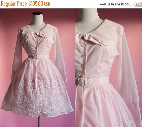 SALE 15% STOREWIDE 1950s pink dress/ 50s collar shirtdress/ embroidered skirt/ extra small xs