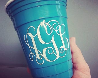Monogram solo cup