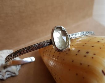 Bracelet Lemon Quartz / 925 Sterling Silver / Green / Handmade / BOHO / Gypset / Gemstone / Spring Jewelry / Musthave / Stone Bangle / Gift