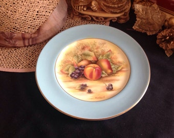 Aynsley Orchard gold fruits cabinet plate .