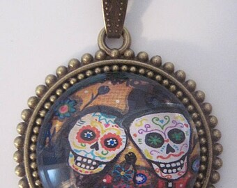 Retro vintage glass necklace mexican skull day of the dead halloween skeleton bones rockabilly pin up gothic penny dreadful horror