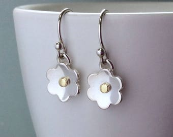 Sterling silver flower earrings, gift for mum, everyday earrings, small earrings, handmade, minimal earrings, simple earrings, gift for her