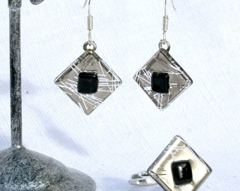 Ornament earrings ears and ring, glass fusing diamond silver and black. Ring and earrings 925 Silver