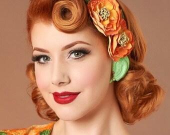 Vintage Deadstock Green Quadruple Feather Clip On Earrings