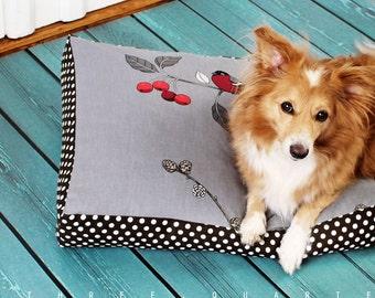 Dog bed, dog, bird, cat, sleeping, pillow, vintage, retro, shabby, cozy, cuddly, big, gray, brown, polka dots, soft