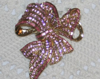 Fabulous Sculpted Goldtone Ruffled Bow with Streamers Rosy Pink Baguette Rhinestones Brooch Pin
