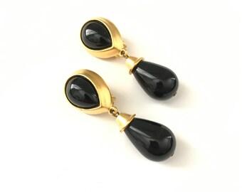 Vintage Gold Tone Chunky Egyptian Revival Clip On Earrings