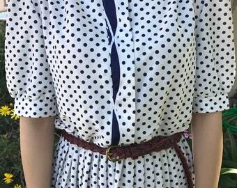 Vintage White and Navy Blue Polka Dot Dress 1980s 80s // Size 12 P Large