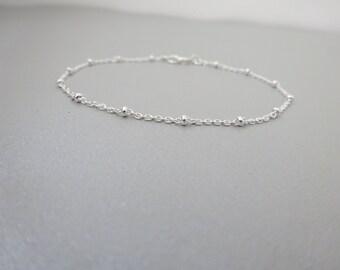 Delicate Sterling Silver beaded chain bracelet, Satellite chain bracelet, Layering bracelet, Bridesmaid bracelet, Simple wedding jewelry