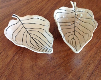 Carlton Ware leaf mid century dishes - canapé dish - trinket dish - serving dish