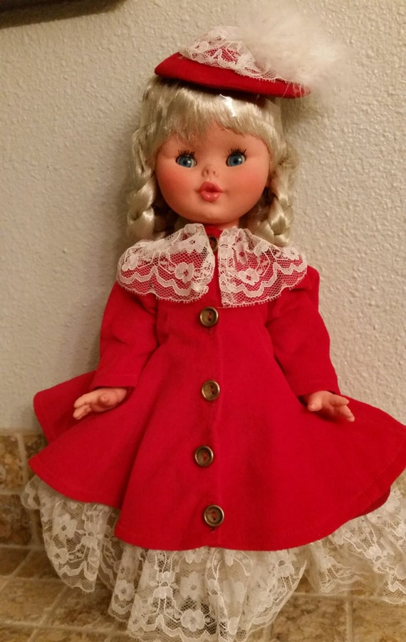 Vintage dolls, Vintage Furga dolls, made in Italy dolls, Christmas doll, Red velvet doll, vintage Christmas, babydoll