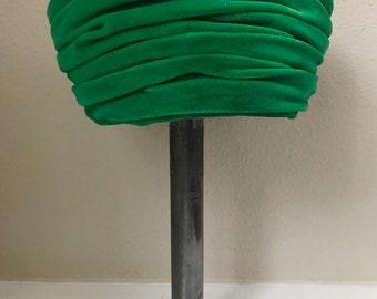 1960's Green Velvet Turban Hat