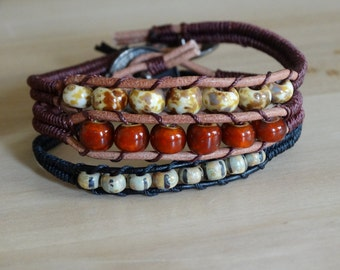 Beaded cuff bracelet in leather and Czech beads, woven bracelet in natural colours, czech beaded bracelet