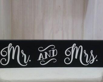 Mr & Mrs Wood Sign, Wedding Sign, Wedding Decor, Mantel Decor, Gift, Wedding Gift