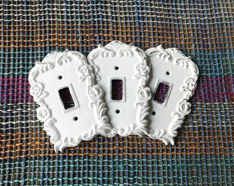 ON SALE/Light switch Cover/Light Switch plate/Outlet Cover/White Shabby Chic/Switch Plate/Decorative Cover/Ornate Plug Cover/Shabby Chic