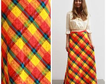 Vintage 70s Plaid Maxi Skirt / Retro & Bold! Size 8