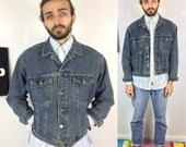 Vintage Wrangler Denim Jacket. Authentic Wrangler size Medium to Large Trucker Jacket. Biker 80s 90s Stonewash Dark Blue Distressed Denim