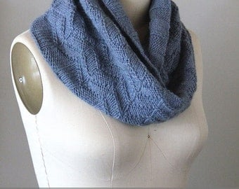 Knitted Wishes, Whistler Peaks Cowl, knitting pattern, knit cowl pattern, knit pattern, cowl pattern, textured cowl, instant download pdf