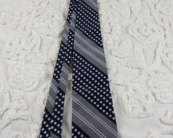 Wembley wide neck tie 1970s 70s blue grey diagonal check dot stripe funky hipster prom for blue black or grey suit