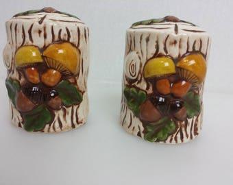 Mushroom Salt Pepper Shakers Holland Mold 1973 Vtg Log Wood Stump Acorn Brown