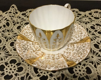 china tea cups miss matched china Queen Ann bone China saucer and  Royal Chelsea bone China teacup