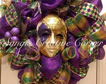 Mardi gras wreath, Mardi gras Wreaths, Mardi gras, Fleur de lis wreath, Fleur de lis wreaths, fleur de lis, tri colored; Mardi Gras Decor