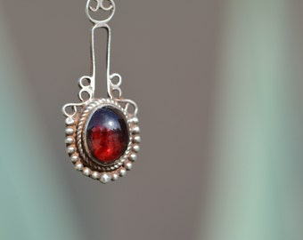 Garnet Necklace, January Birthstone Necklace, Edwardian Jewelry, Antique Jewelry, Birthstone Jewelry, Sterling Silver Necklace
