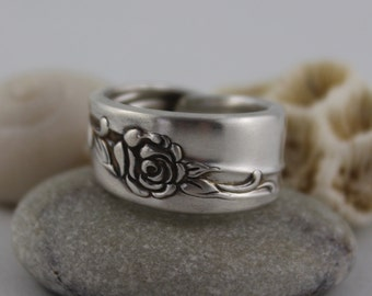 "Silver Spoon Ring ""Rose Song"" Pattern 1964 Rogers Oneida Ltd"