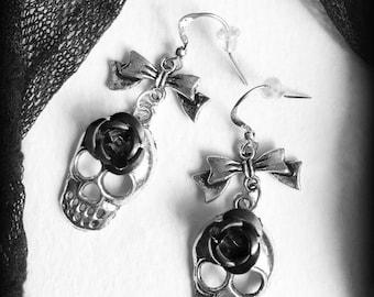 Skulls Roses Earrings, Gothic Earrings, Black Roses, Silver Earrings, Gothic Jewelry, Romantic Earrings, Gothic Gift, Alternative Jewelry