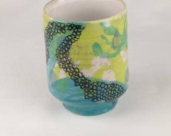 Ocean series ceramic Yunomi (teacup) with bright underglaze design and Sgraffito