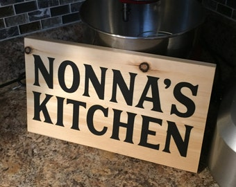 Painted wooden sign, Nonna's kitchen decor, Italian cook / chef gifts for nonna, grandmother gifts, gifts for grandma, Italian decor, rustic