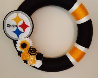 Pittsburgh Steelers Football Sports Wreath/Decor