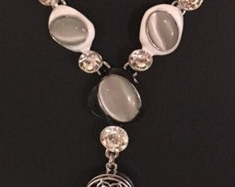 Sale!  Trendy Interchangeable Snap Necklace with Cat's Eye Stones, Rhinestones and a Pretty Black 18mm Snap