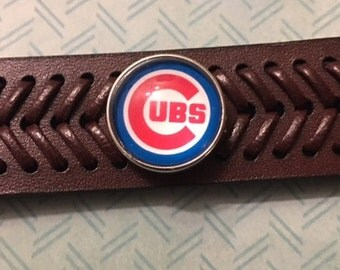 """Baseball Fans - Quality Genuine Leather Interchangeable Snap Bracelet with a Cubs 18mm Snap - Fits Wrists 6-1/2"""" to 7-1/2"""""""