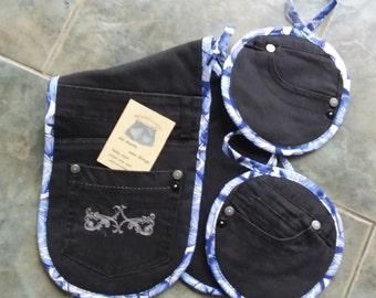 Recycled Denim Jeans Oven Mitt / Pot Holder Set