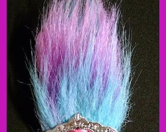 Trolls crown hair clip