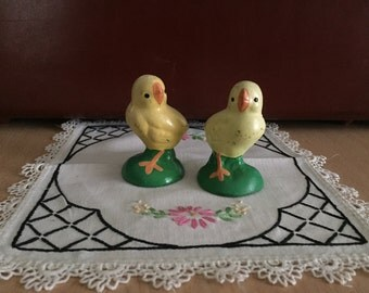 Vintage Ceramic / Chalkware Baby Yellow Chicks Easter Spring Decor