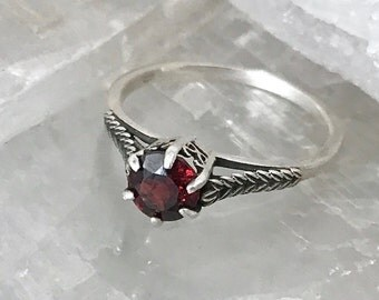 Vintage Sterling 1970's Does Edwardian Sterling Silver Natural 1CT Garnet Solitaire Filigree Engagement Ring Size 8.25