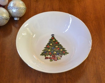Serving Bowl, Christmas Tree, Sea Gull Fine China, Tableware Dishes, Vintage Retro Holiday, gold trim