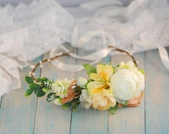 Spring flower crown Floral crown Bridal headband Wedding hair wreath Wedding hair wreath  Bridal headpiece Flower halo Boho flower crown